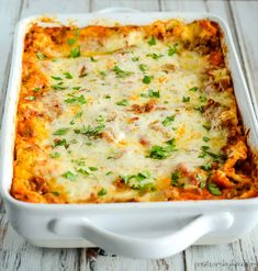 No Boil Lasagna Recipe - save time with this quick prep lasagna. It is so easy to make, and tastes amazing! It also freezes well. Easy Lasagna Recipe With Ricotta, Homemade Lasagna, Small Lasagna Recipe, Lasagna Cook Time, How To Make Lasagna, Meatless Lasagna, Baked Lasagna, Vegetable Lasagna Recipes