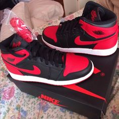 Shop Women's Nike size 6 Shoes at a discounted price at Poshmark. Description: Brand New Jordan Bred 1 . Size 6 NO TRADES ❗️🙅 No returns. Cute Sneakers, Shoes Sneakers, Zapatillas Nike Air Force, Jordan Shoes Girls, Nike Shoes Air Force, Aesthetic Shoes, Hype Shoes, Fresh Shoes, Trendy Shoes