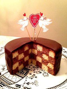 ダミエ柄バレンタインチョコケーキ