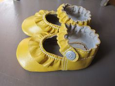 Best Baby shoes and boots – Handmade Style for Infants – Hip Baby and Toddler Booties and slippers | Small for Big