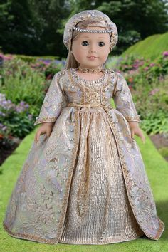 Queen Isabella - Golden Royal Gown with Headdress, Petticoat, Shoes and Jewelry