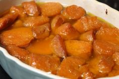 Candied Yams - - Printable Version Ingredients: 1 c. sugar 1 stick margarine 1 c. water 1 can sweet potatoes Directions: Heat oven to Drain sweet potatoes and pour into a casserole dish. Cut the pieces up so t…. Candied Yams Easy, Candied Yams With Marshmallows, Candied Yams Recipe, Canned Yams, Canning Sweet Potatoes, Sweet Potato Recipes, Yam Recipes, Healthy Recipes, Diet