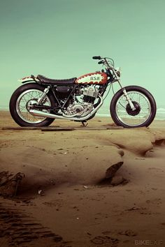 The SR400 is back on sale in Europe, and Yamaha has commissioned three 'official' customs to celebrate. This is 'Boogie Single Racer,' an old-school sand racer built by one of the top Tokyo workshops.