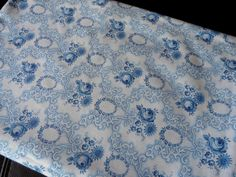 1930s Vintage French Blue roses cotton fabric organic perfect cond.