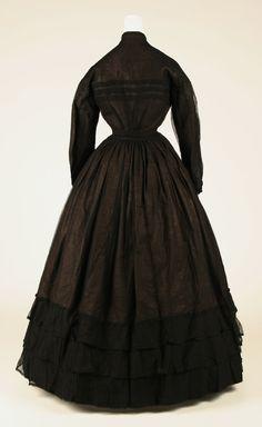 Mourning dress | American | The Metropolitan Museum of Art