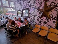 Dining Room At Pi Pizzeria St Louis Mo Kid Friendly Restaurants Best