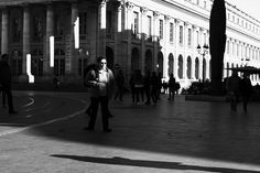 Jean-Philippe Jouve | Black and White | Street Photography | Bordeaux | Shadow