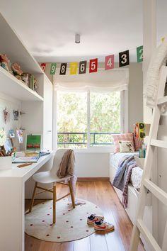 00435770b. Dormitorio infantil con litera tipo tren y zona de estudio_00435770b
