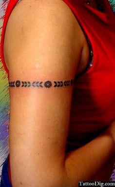 Armband Arm Bracelet Tattoo Igual a minha.. nunca imaginei achar o desenho dela em outra pessoa! :)
