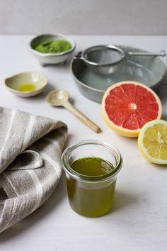 """""""Massage ÖL - Grapefruit Matcha"""" - Entspanne deinen Körper mit einem gut duftenden Massageöl! 💚 Matcha, Ethnic Recipes, Diy, Food, Recipies, Bricolage, Essen, Do It Yourself, Eten"""
