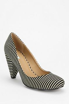 Kimchi Black and White Striped Canvas Print Pump - Urban Outfitters