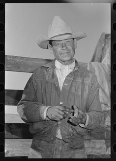 """oupacademic: """"When cowboys struck for higher wages in the Texas panhandle in the Panhandle Cattleman's Association ruthlessly broke t. Cowboys And Indians, Texas History, The Old Days, Cowboy And Cowgirl, Field Guide, Character Creation, Old West, Vintage Denim, Vintage Photos"""