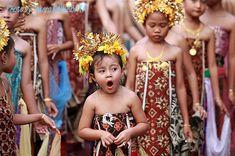 This photo from Bali, Nusa Tenggara is titled 'Sleepy'.