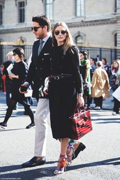 She's just like that always. #OliviaPalermo shuffles off to PFW in her Dior heels and that stunning bag.
