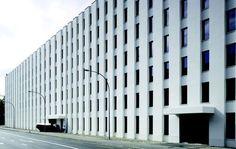 DIENER & DIENER - 'STÜCKI' EINKAUFSZENTRUM, BASEL