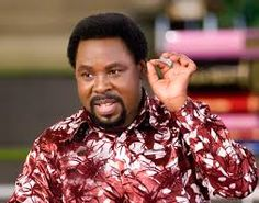 Controversial Nigerian pastor, TB Joshua of The Synagogue Church Of All Nations (SCOAN) has been named as the 2015 'Yoruba Man Of The Year'. Walk By Faith, Faith In God, T B Joshua, Emmanuel Tv, Prophet Isaiah, Russian Plane, Pastor Chris, Names Of Jesus Christ, Nigerian Men