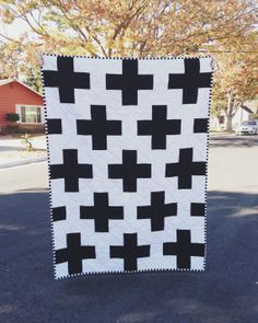 Black and White Toddler Bed/ Throw Plus Quilt For Sale via rad&happy Etsy Baby Girl Quilts, Girls Quilts, Quilt Ladder, Snowflake Quilt, Black And White Quilts, Black White, Plus Quilt, Quilts For Sale, Hexagon Pattern