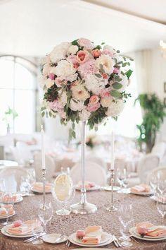 wedding centerpiece @weddingchicks #weddingflowercenterpieces
