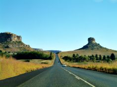 A roadside scene near Clarens in the Freestate, South Africa. Africa Destinations, Free State, Beautiful Scenery, Diversity, Great Places, Monument Valley, South Africa, Roots, Landscapes