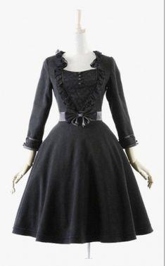 vestido-gothic-preto-estilo-lolita