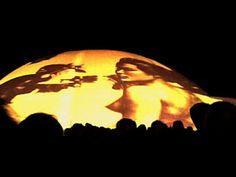 """Em homenagem à cidade e a Oscar Niemeyer, o Celebrar Brasíliachega à sua sexta edição e acontece nos dias 07 e 08 de setembro, na área externa do Museu Nacional de Brasília. O festival, com entrada Catraca Livre, une a preservação do Cerrado com música, apresentações performáticas aéreas e projeções sobre a cúpula do museu....<br /><a class=""""more-link"""" href=""""https://catracalivre.com.br/brasilia/agenda/gratis/artes-visuais-cinema-e-musica-integram-sexta-edicao-do-celebrar-brasilia/"""">Continue…"""