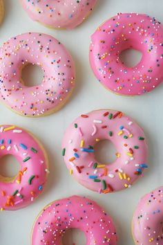 You can't go wrong with pink donuts on Valentine's morning, right? We're haring our favorite Baked Vanilla Donuts Recipe. You can't go wrong with pink donuts on Valentine's morning, right? We're haring our favorite Baked Vanilla Donuts Recipe. Vanilla Donut Recipes, Baked Donut Recipes, Pink Foods, Pink Home Decor, Everything Pink, Pink Wallpaper, Baking Wallpaper, Cute Wallpapers, Coffee Wallpapers