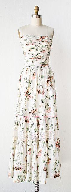 vintage 1970s boho dress | 70s dress | Peony Petals Dress #vintage #1970sdress