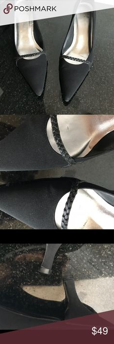 Stuart Weitzman Black Heels Size 9 Gently worn with minimal wear.  Very pretty shoe. Stuart Weitzman Shoes Heels