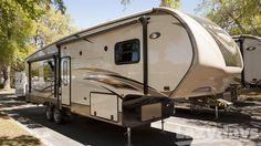 2015 #CrossroadsRV #Cruiser 5th #RV for sale in #Tampa.