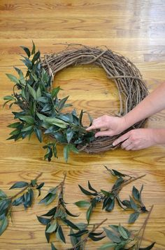 Creating your own home decor can be a fun way to add your personal style into your home. See the tutorial for a farmhouse wreath. # DIY Home Decor farmhouse style DIY Farmhouse Style Wreath - At Home With The Barkers Diy Wreath, Grapevine Wreath, Greenery Wreath, Wreath Ideas, Boxwood Wreath, Burlap Wreaths, Farmhouse Design, Farmhouse Decor, Farmhouse Style