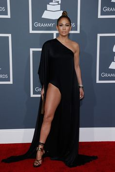 Que hermoso vestido!! Le queda perfecto!!!