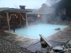 A rustic hot spring in Aomori prefecture, Japan Great Places, Beautiful Places, Japan Honeymoon, Japanese Hot Springs, Japanese Bath, Spring Spa, Aomori, Outdoor Baths, Japan Travel