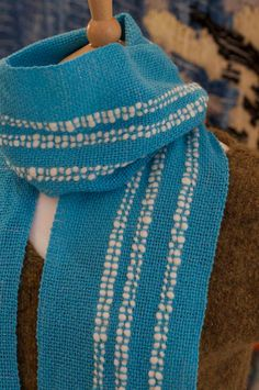 INSPIRATION Cumulus Handwoven Scarf - I like the addition of the thicker yarn.  Would have to go in the slots of the RH.
