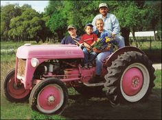 pink tractor Pink Tractor, Pink Cars, Farm Gardens, Breast Cancer Awareness, Farmers, Savannah Chat, Pretty In Pink, Oasis, Transportation