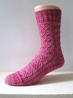 Bovary--textured knit sock-- This is the Mystery KAL for July 2015 in the Sock Knitters Anonymous group. Knitting Designs, Knitting Patterns Free, Free Knitting, Free Pattern, Crochet Socks, Knitting Socks, Knit Crochet, Wool Socks, My Socks