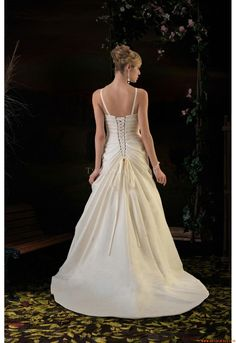 Elegant Sweetheart A-line Court Train Unique Wedding Dress Venus PA9006 Pallas Athena 2011