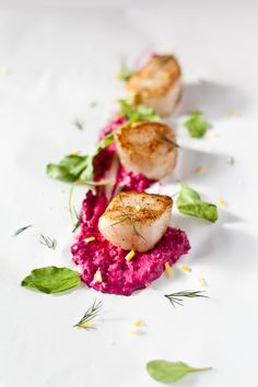 Sous Vide Scallops with Beet Mayo and Arugula | Healthfully Ever After