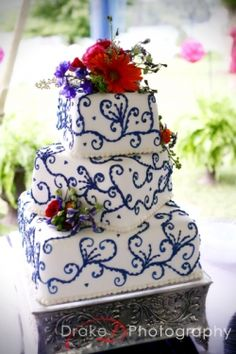 Pink and Blue Wedding Ideas  Also coral and navy blue. Photography by knoxville tennessee photography Drake Photography - services the east TN - maryville, gatlinburg, smokey mountains cade's cove areas.