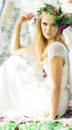 Bella Manica tappato in rilievo abito da sposa di Graceloveslace, $1050.00