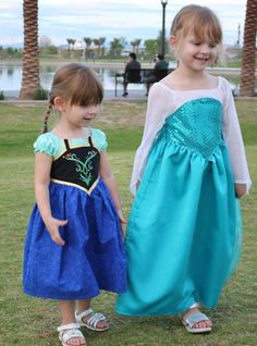 Make an awesome Frozen Dress with this PDF pattern!