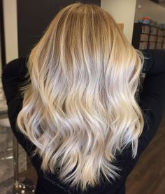 I think I've just found the ultimate perfect platin blonde ombre