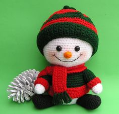 Snowman crochet pattern, Handmade Christmas gift tutorial, DIY toy snowman for baby, New year cute handmade home decor tutorial in English Crochet Santa, Crochet Snowman, Crochet Amigurumi, Christmas Crochet Patterns, Holiday Crochet, Crochet Dolls, Free Crochet, Crochet Hair, Double Crochet