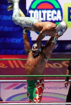 """CMLL's 79th Anniversary Show: Mistico """"La Nueva Era"""" vs Ultimo Guerrero"""