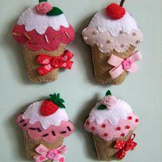 *FELT ART ~ Felt Cupcake magnets handmade Cupcakes ornament Felt magnet Kitchen decoration set of four Felt Diy, Felt Crafts, Fabric Crafts, Diy Crafts, Felt Cake, Felt Cupcakes, Felt Christmas Ornaments, Christmas Crafts, Glitter Ornaments