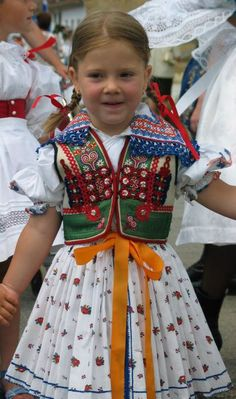 Moravsky velecky kroj - Moravian costume, and I wore one exactly like that as a young girl! Precious Children, Beautiful Children, Beautiful People, We Are The World, People Around The World, Costumes Around The World, Folk Clothing, Folk Costume, World Cultures