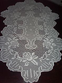 Items similar to Elegant Hand Crochet White Tablecloth With Flowers on Etsy Crochet Patterns Filet, Crochet Diagram, Baby Knitting Patterns, Crochet Designs, Crochet Stitches, Crochet Round, Hand Crochet, Crochet Lace, Crochet Tablecloth