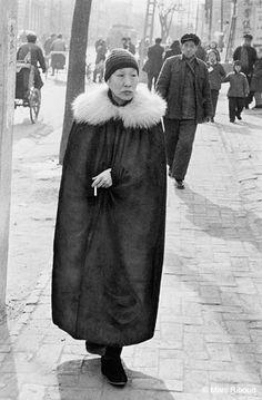 Marc RIBOUD :: L'aristocrate, Pékin, 1957
