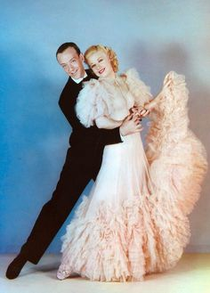 The remarkable Ginger Rogers and Fred Astaire made all their classic RKO musicals in black and white. Below is a color photo from one of their two best films:Swing Time from directed by George Stevens, with costumes designed by Bernard Newman. Hollywood Stars, Old Hollywood Glamour, Golden Age Of Hollywood, Vintage Hollywood, Classic Hollywood, Hollywood Cinema, Hollywood Gowns, Fred Astaire, Ginger Rogers