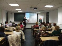 """El programa de la la """"XIV Semana de la Ciencia de Madrid"""" en UDIMA cuenta con 12 ponencia que por primera se desarrollan de forma virtual a través de Hangout."""