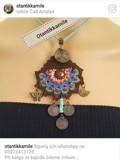 This Pin was discovered by Ggu Bohemian Style Clothing, Fabric Yarn, Crochet Accessories, Knitting Yarn, Crochet Projects, Belly Button Rings, Beaded Jewelry, Crochet Necklace, Crochet Patterns